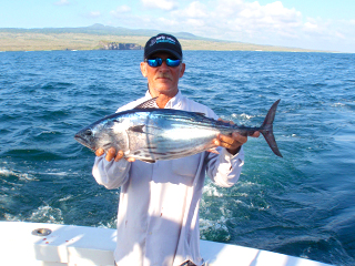 galapagos sport fishing